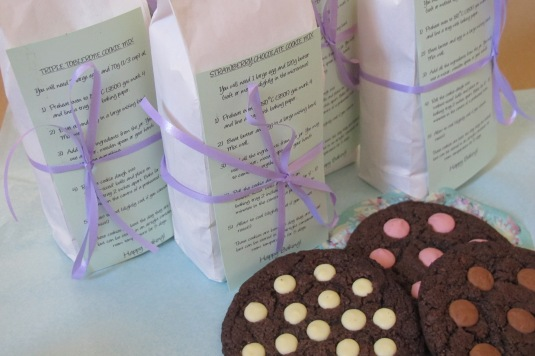 Baking bags. Cookie mix!