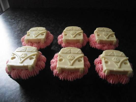 Campervan cupcakes by Valerie