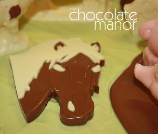 Chocolate horse by Chocolate Manor.jpg-large