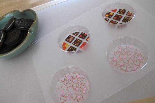 Chocolate Transfers in Chocolate Oreos mould