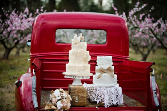 Rustic cakes inspiration